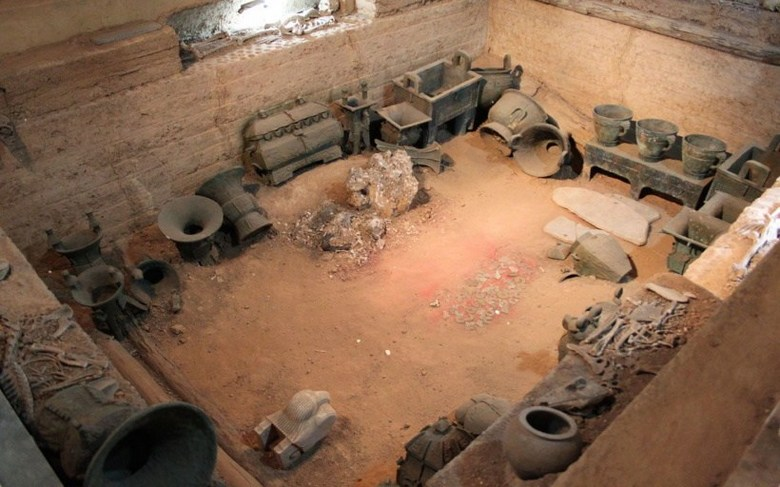 Chinese archaeologists during the excavations encountered unexplained phenomena